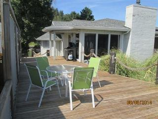 224 - Useless Bay Beachfront Retreat - Freeland vacation rentals