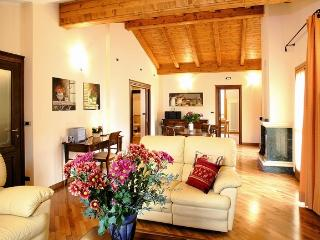 ATTICO SKYLINE - Limone Piemonte vacation rentals