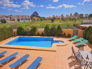 VILLA CASITA: walking distance to Calpe and beach - Calpe vacation rentals