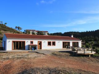 Vida Pura Villa - Odeceixe vacation rentals