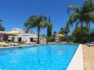 Quinta do Avo - Luxury Restored farmhouse - Almancil vacation rentals
