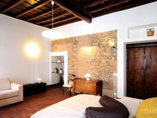 Romantic 1 bedroom House in Rome - Rome vacation rentals