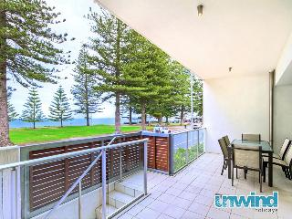 Breeze 9 Beachfront Apartment 'Hot Orange' - Victor Harbor - Victor Harbor vacation rentals