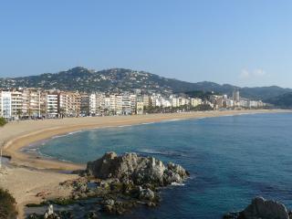 Apartament a 5  min a pie de la plage - Lloret de Mar vacation rentals