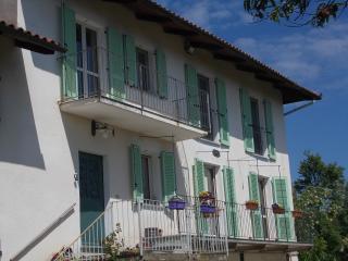 Holiday home near Asti - Asti vacation rentals