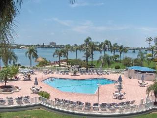 Tropical Breezes Will Blow You Away on Isla!!! - Saint Petersburg vacation rentals