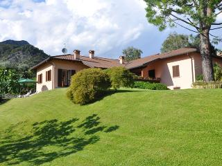 VILLA PANORAMICA a Rogaro Lake Como - Tremezzo vacation rentals