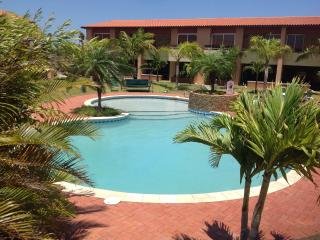 2 bedroom Apartment with Internet Access in Noord - Noord vacation rentals