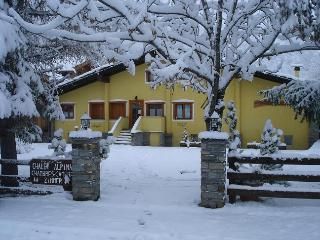 Chalet Alpina 2 bedroom apartment - Valle d'Aosta vacation rentals