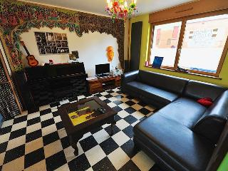 Bright 4 bedroom Townhouse in Dunkerque - Dunkerque vacation rentals