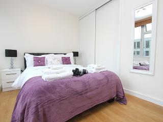 Tottenham Court Road - Central Apartment - London vacation rentals