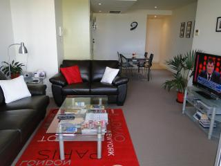 Glenelg Deluxe Apartment - Glenelg vacation rentals