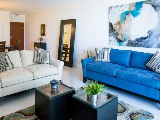 Beautifull apartment, beachfront, oceanview, in Ho - Hollywood vacation rentals