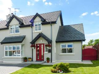 WHITEWATER ESTUARY, semi-detached, near harbour, woodburner, WiFi near - Ballyhack vacation rentals