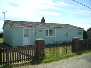 6 Longbeach Estate, Hemsby - Hemsby vacation rentals