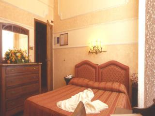 Nice Bed and Breakfast with Internet Access and A/C - Levanto vacation rentals