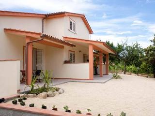 CASAVACANZE  IL CILIEGIO  Isola d' Elba - Marina Di Campo vacation rentals