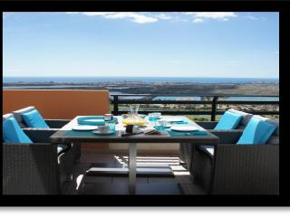 NEW/MODERN - Lovely Oasis Azul, Bonalba Golf (1A) - Sea & Golf views - Mutxamel vacation rentals