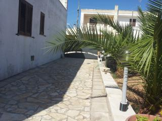Romantic 1 bedroom House in Andrano - Andrano vacation rentals