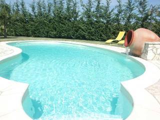 Villa Carta Fashion a Terrasini con piscina - Terrasini vacation rentals