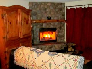 Casita of Pinetop, 3 Bedroom, 2 Bathroom, Hot Tub - Show Low vacation rentals