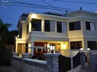 Beautiful Silver Sands vacation Villa with Deck - Silver Sands vacation rentals
