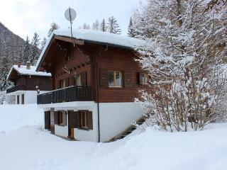 Charming Chalet with Internet Access and Satellite Or Cable TV - La Tzoumaz vacation rentals