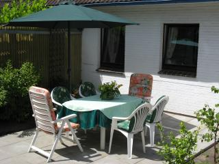 Nice Condo with Deck and Internet Access - Kiel vacation rentals