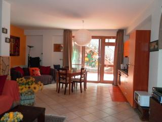 ETNA HOLIDAY SICILIA - 2 to 7 guests - Aci Sant'Antonio vacation rentals
