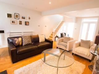 Stylish Central Townhouse - Brighton vacation rentals