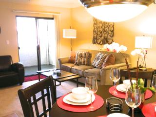 New Furnishings! 1BR Condo - pool, wifi - Sunnyvale vacation rentals