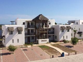 Beach Appartment At Sea Of Cortes, Marina Available . - Sinaloa vacation rentals
