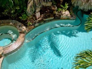 Pool - Gulf Breeze-203E 69th St - Holmes Beach - rentals