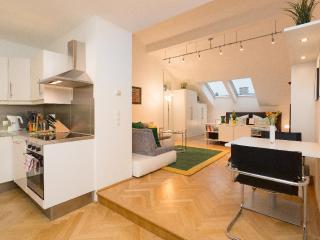 Vacation Apartment in Vienna  - 538 sqft, central, comfortable, bright (# 5358) - Vienna vacation rentals