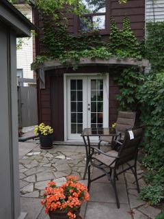 6BR Outstanding town house in heart of Downtown! - Toronto vacation rentals