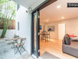 Modern apartment walk to the beach - Los Angeles County vacation rentals