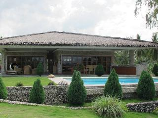 Villa sea view with swimming pool - Philippines vacation rentals