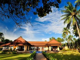 Krabi Sunset Beachfront Villa One - Krabi Province vacation rentals