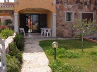 CASA GIORGIO OFFERTA LAST MINUTE - Budoni vacation rentals