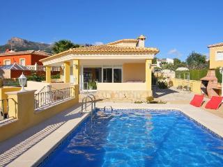 Villa Acuario - Close the beach, wifi and BBQ area. - Calpe vacation rentals