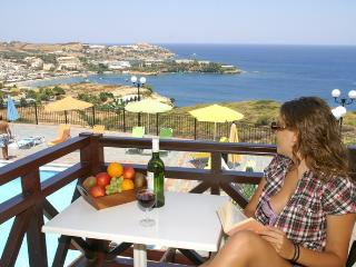AGIA PELAGIA SEE VIEW  APARTMENT PENNYSTELLA No 10 - Agia Pelagia vacation rentals