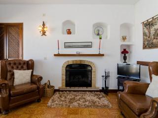 Nice 1 bedroom Apartment in Lagos - Lagos vacation rentals