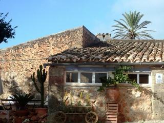 """Apartment """"BODEGA"""" - Finca Can Corem - - Campos vacation rentals"""