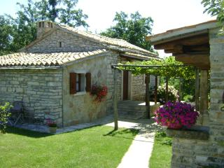 Beautiful stone built holiday house - Foli vacation rentals