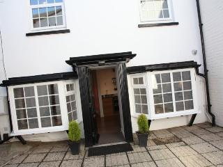 The Wendy House- a charming & cosy home from home - Bournemouth vacation rentals