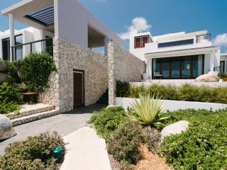Modern Beachfront Villa, 180 Views, Pool, 3BR - Virgin Gorda vacation rentals