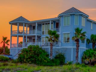 Huge, Elegant 6 Bedroom, Oceanfront w/Hot Tub! - Charleston Area vacation rentals