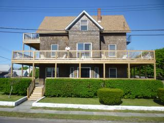 Spacious Victorian  House 100 Yards From The Beach - Point Pleasant Beach vacation rentals