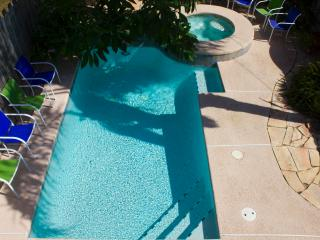 Victoria House Gulf Side, Heated Pool & Jacuzzi - South Padre Island vacation rentals