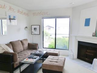 1700sqft Modern Beach Condo w/Ocean View *SLEEP 6* - San Diego County vacation rentals